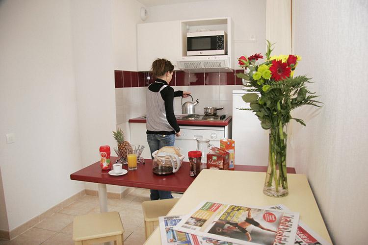 Cuisine : Location vacances Castries en résidence club