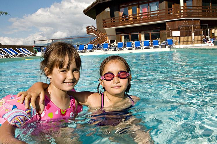 Plagne Montalbert hôtel club les sittelles piscine
