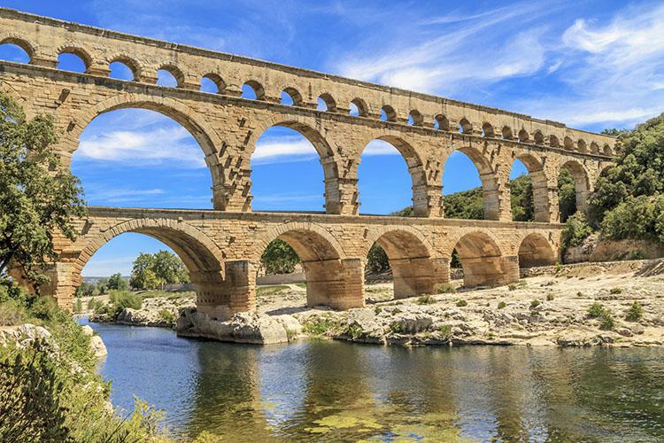 Résidence club mmv Pont du Gard, Le Pont du Gard, Gard, pont