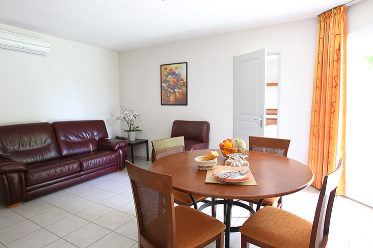 Résidence club mmv Valence, le domaine du lac, drôme, appartements