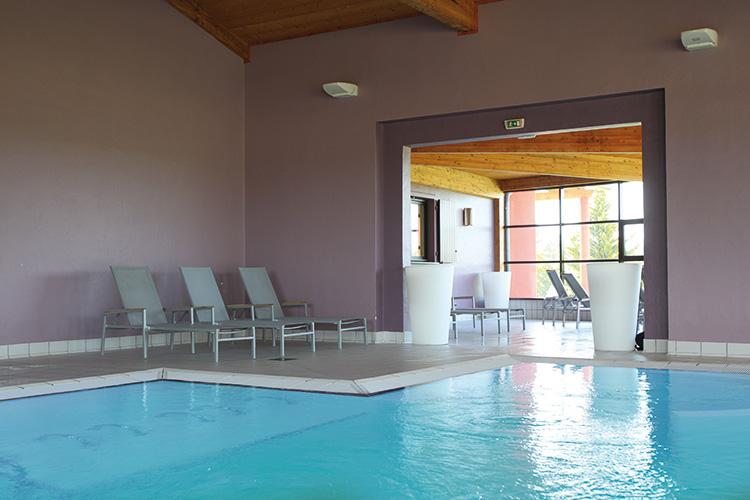 Résidence club mmv Valence, le domaine du lac, drôme, piscine