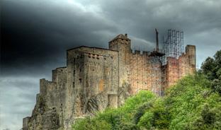 Château de Ventadour : Pierre à pierre…