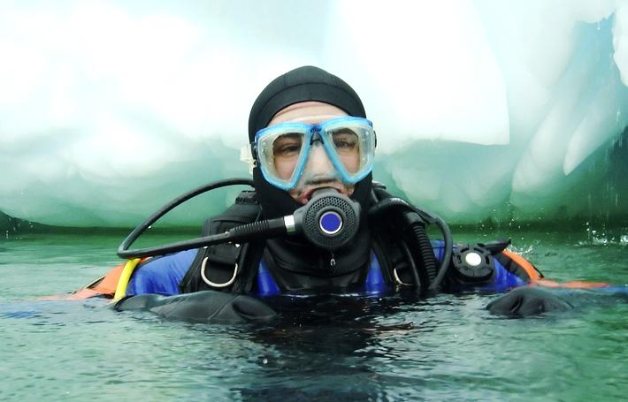 Découvrez la plongée sous glace à Tignes