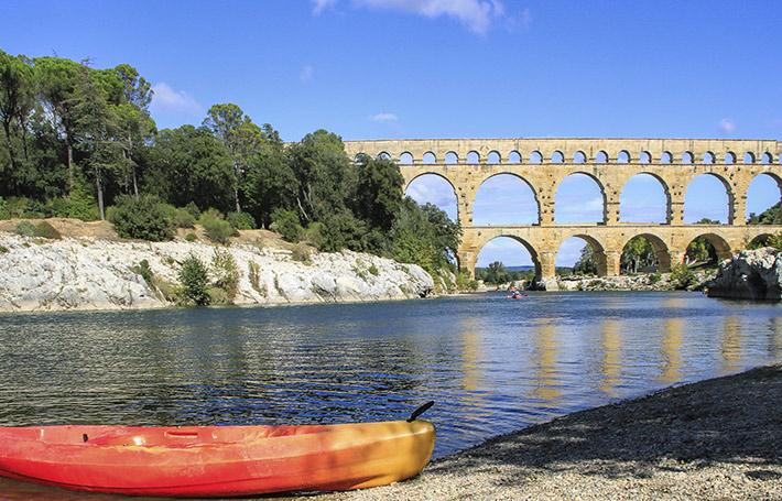 Découvrez la face cachée du pont du Gard