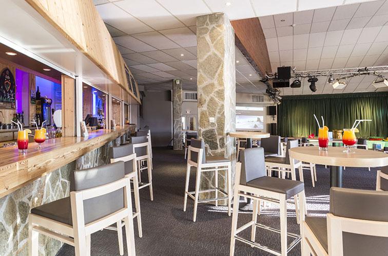 mmv Hotel Club Alpe Huez , les Bergers, French Alps, Isère , bar