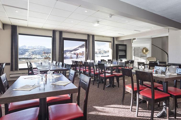 mmv Hotel Club Alpe Huez , les Bergers, French Alps, Isère , Restaurant