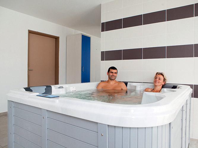 Sauna, jacuzzi et fitness, week-end été à Auberville