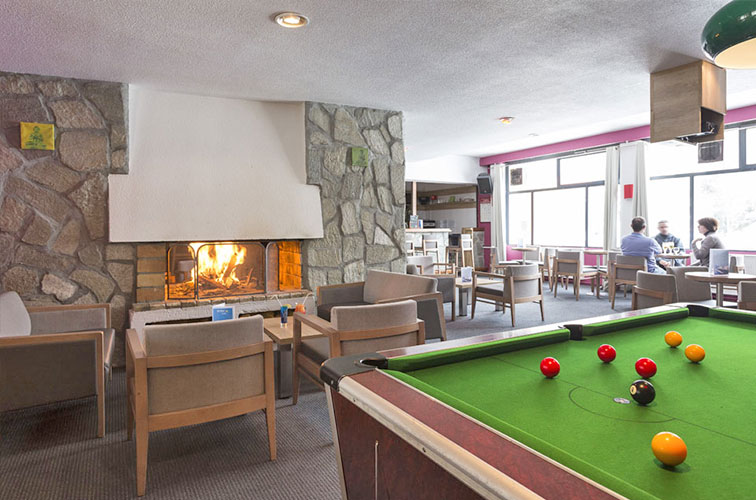 mmv Hotel Club Les 2 Alpes, Le panorama, Les deux Alpes, Isère, French Alps, bar