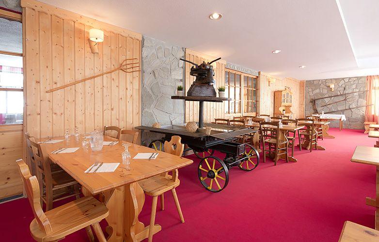 Hotel panorama mmv restaurant savoyard