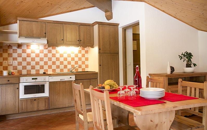 location montgenevre appartement cuisine