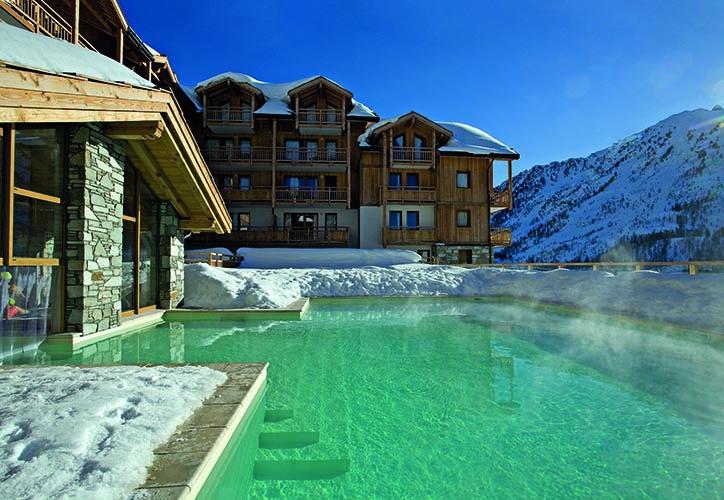 location montgenevre piscine
