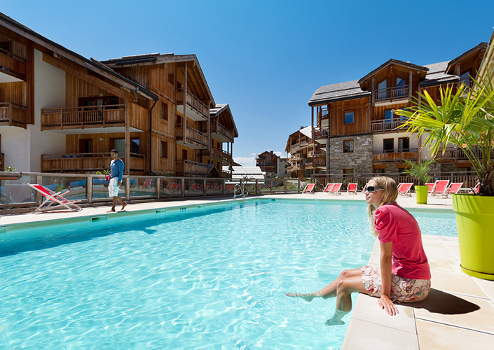 mmv Résidence Club**** Montgenèvre, le Hameau des Airelles, French High alps, pool
