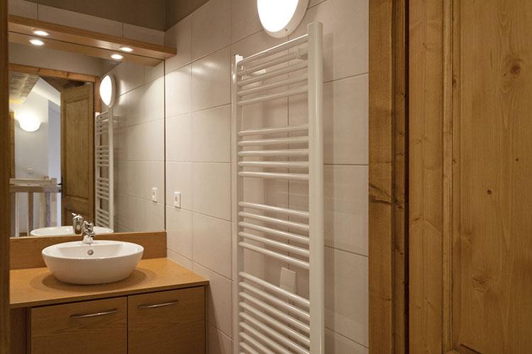 Résidence Club**** mmv Sainte-Foy Tarentaise, l'étoile des cimes, Savoie, salle de bains