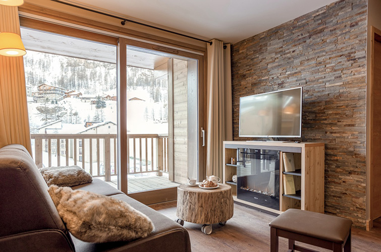 Appartement salon salle a manger residence Tignes 1800