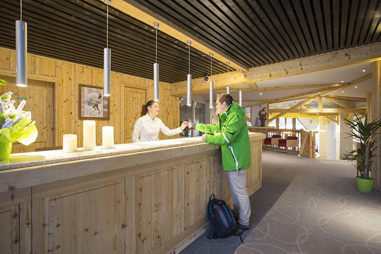 mmv Hotel Club Val Thorens, Les Arolles, Savoie, french Alps, hall
