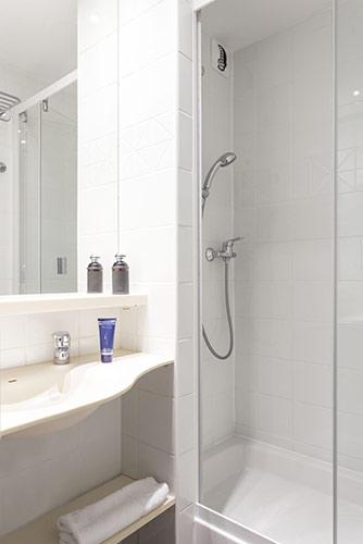 mmv Hotel Club Val Thorens, Les Arolles, Savoie, french Alps, bathroom